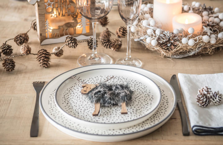 10 Idee Di Decorazioni Per La Tavola Di Natale Perfette Per Le